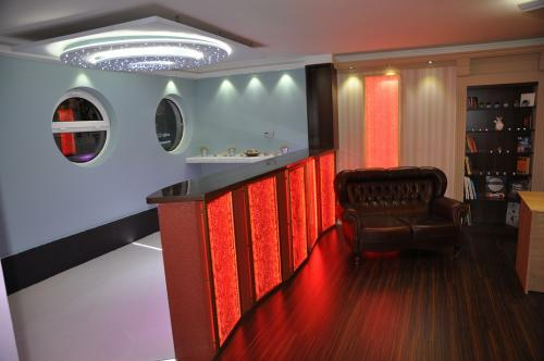 Venus Home & Club Deco